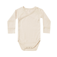 <b>QUINCY MAE</b><br>21ss POINTELLE KIMONO ONESIE<br>NATURAL<img class='new_mark_img2' src='https://img.shop-pro.jp/img/new/icons1.gif' style='border:none;display:inline;margin:0px;padding:0px;width:auto;' />