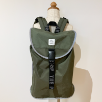 <b>THE PARK SHOP</b></br>CITY PARK RUCKSACK<br>olive<img class='new_mark_img2' src='https://img.shop-pro.jp/img/new/icons1.gif' style='border:none;display:inline;margin:0px;padding:0px;width:auto;' />