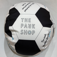 <b>THE PARK SHOP</b></br>PLAYBALL CUSHION SOFA<br>SOCCER<img class='new_mark_img2' src='https://img.shop-pro.jp/img/new/icons1.gif' style='border:none;display:inline;margin:0px;padding:0px;width:auto;' />