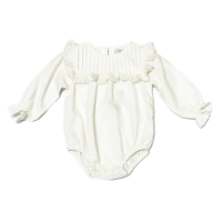 <b>the new society</b><br>21aw VIOLETA BABY ROMPER<br>NATURAL<img class='new_mark_img2' src='https://img.shop-pro.jp/img/new/icons1.gif' style='border:none;display:inline;margin:0px;padding:0px;width:auto;' />