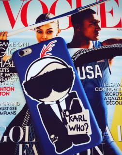 新作  日本未入荷 パロディ socialitte CHANEL シャネル カールラガーフェルド KARL WHO iPhone  アイフォンケース ブルー 関税込 入手困難