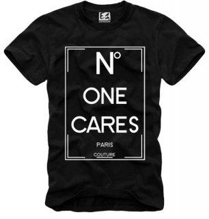 日本未入荷 UK発 E1SYNDICATE イーワンシンジケート Tシャツ NO ONE CARES シャネル CHANEL パロディー コラボ プリント  関税込