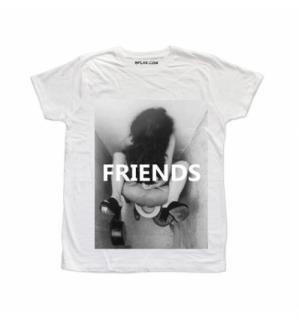 日本未入荷 イタリア発 BFLAK Tシャツ セックス FRIENDS FUCK フォト パロディー プリント オフホワイト  関税込 モデル セレブ愛用