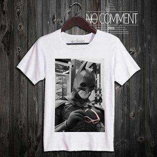 日本未入荷 パリ発 No Comment Paris バッドマン Batman フォト パロディ Tシャツ プリント ホワイト  関税込 モデル セレブ愛用