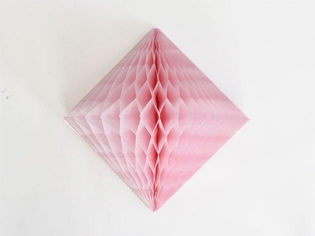 ダイヤモンド型ハニカムデコレーション 30cm  ピンク