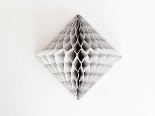 ダイヤモンド型ハニカムデコレーション 30cm  グレー