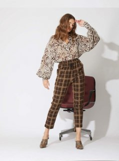 Brown Check Trousers<img class='new_mark_img2' src='//img.shop-pro.jp/img/new/icons43.gif' style='border:none;display:inline;margin:0px;padding:0px;width:auto;' />