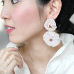 ARRO / Embroidery earing / CORAL EGG (ECRU)/ペア