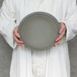 mushimegane books. rim plate L (moon blue φ25.5cm)<img class='new_mark_img2' src='//img.shop-pro.jp/img/new/icons14.gif' style='border:none;display:inline;margin:0px;padding:0px;width:auto;' />