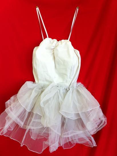 124352ce180a7 仮装コスプレ衣装 バレリーナ ドレス・スカート2点 しろ無地 男女兼フリー・約ドレス50、スカート35cm、日本製・綿、使用感少 、シューズ・タイツ別途あり。