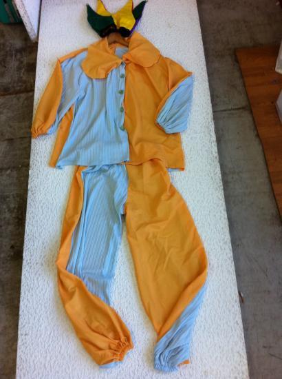 8e20e802878f6 コスプレ仮装衣装 ピエロ 上下・帽子付き3点 ボタン仕様 黄色 DX フリーサイズ・男女兼用 手造り日本製洗濯可 長袖・ポリエステル?使用感多少。