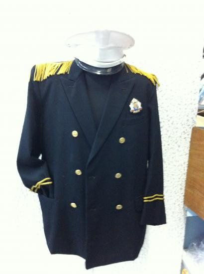 6714ddd1f31dc 男仮装制服衣装 船長 。今日注文同種衣装4着更に30%オフ!、上着金、白帽子2点 ウール長袖、袖ライン入り、上・黒 Lサイズ・70、 ...
