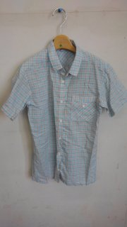 1a738a51f42b0 中古格安子供ブラウス 半袖 女 水色 綿、ポリエステル サイズ150 前汚れあり 使用感あり。