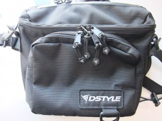 DSTYLE Sling Tackle Pouch 黒
