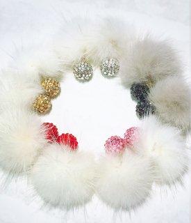 【mini globeライン】globe with Fur&Pearlの2Wayピアス