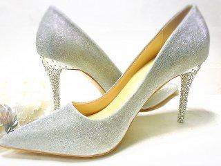 スワロフスキーで世界にひとつの輝く靴を☆Cinderella Shoe☆