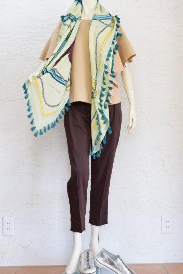 manipuri(マニプリ) 手捺染(テナッセン)の工程で仕上げた 鮮やかな色柄のヴィンテージ感溢れるポンポン付き大判サイズの Cotton/Silk STOLE