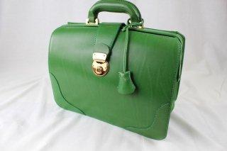 グリーンのダレスバッグ