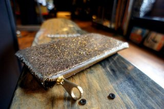 <img class='new_mark_img1' src='https://img.shop-pro.jp/img/new/icons34.gif' style='border:none;display:inline;margin:0px;padding:0px;width:auto;' />Glitter Party Clutch