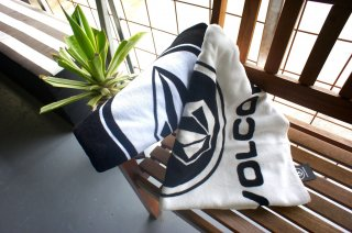 <img class='new_mark_img1' src='//img.shop-pro.jp/img/new/icons14.gif' style='border:none;display:inline;margin:0px;padding:0px;width:auto;' />Brand Beach Towel