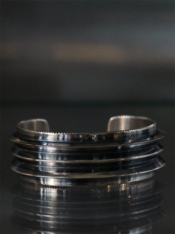 TRIPLE BLADE WIRE COIN EDGE Cuff