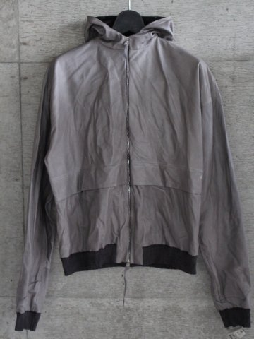 <img class='new_mark_img1' src='//img.shop-pro.jp/img/new/icons8.gif' style='border:none;display:inline;margin:0px;padding:0px;width:auto;' />DEEP POCKET HOODED BOMBER JACKET