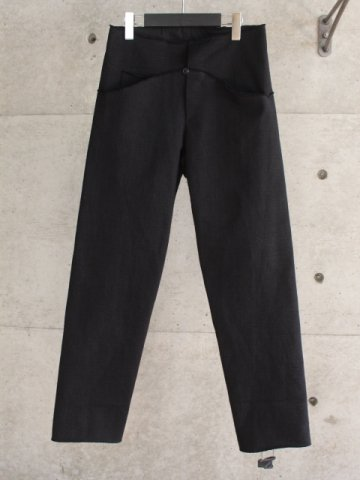 <img class='new_mark_img1' src='https://img.shop-pro.jp/img/new/icons8.gif' style='border:none;display:inline;margin:0px;padding:0px;width:auto;' />5 pocket comfortable fit pants
