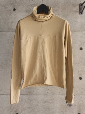 <img class='new_mark_img1' src='https://img.shop-pro.jp/img/new/icons8.gif' style='border:none;display:inline;margin:0px;padding:0px;width:auto;' />one piece turtle neck t-shirt