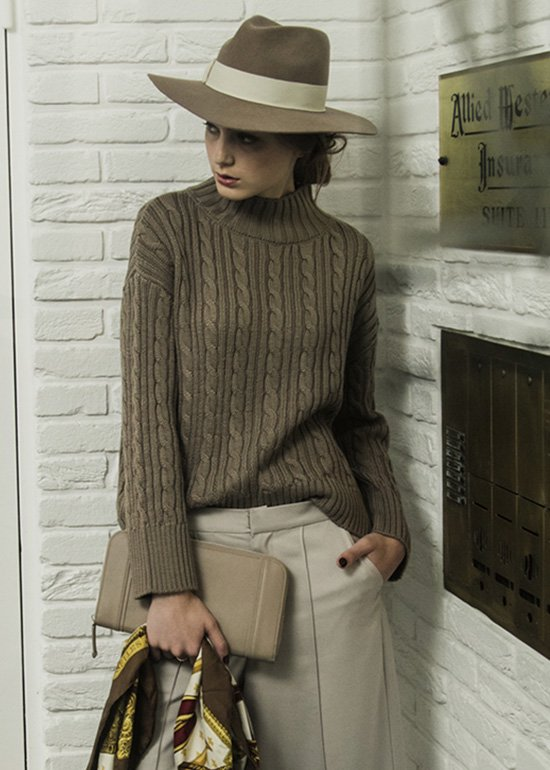 CABLE KNIT PO
