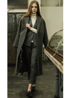 <img class='new_mark_img1' src='//img.shop-pro.jp/img/new/icons20.gif' style='border:none;display:inline;margin:0px;padding:0px;width:auto;' />WOOL GOWN COAT