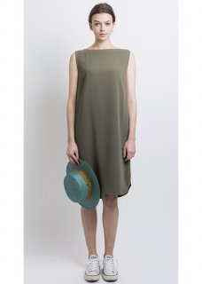 SOFT HEM ROUND DRESS