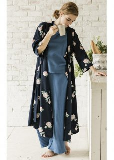 <img class='new_mark_img1' src='//img.shop-pro.jp/img/new/icons40.gif' style='border:none;display:inline;margin:0px;padding:0px;width:auto;' />Emma FLOWER KIMONO GOWN DRESS