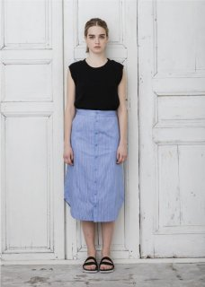 <img class='new_mark_img1' src='//img.shop-pro.jp/img/new/icons20.gif' style='border:none;display:inline;margin:0px;padding:0px;width:auto;' />Emma STRIPE SHIRT SKIRT