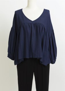 VOLUME FLARE BLOUSE
