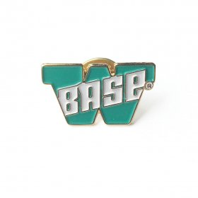 W-BASE - BIG W LOGO PIN - EMERALD GREEN