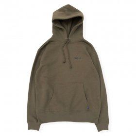 <img class='new_mark_img1' src='https://img.shop-pro.jp/img/new/icons5.gif' style='border:none;display:inline;margin:0px;padding:0px;width:auto;' />PANCAKE - SCRIPT LOGO P.O HOODIE - OLIVE