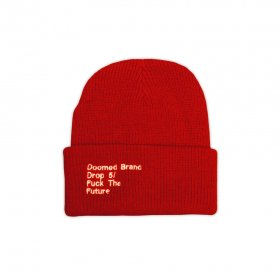 <img class='new_mark_img1' src='https://img.shop-pro.jp/img/new/icons5.gif' style='border:none;display:inline;margin:0px;padding:0px;width:auto;' />DOOMED - FTF BEANIE - RED