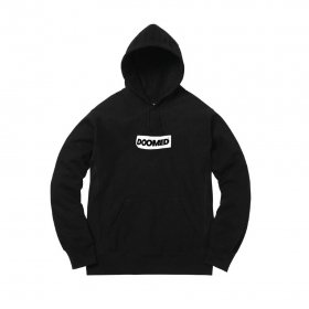 <img class='new_mark_img1' src='https://img.shop-pro.jp/img/new/icons5.gif' style='border:none;display:inline;margin:0px;padding:0px;width:auto;' />DOOMED - SMOKEY EYES HOODIE - BLACK