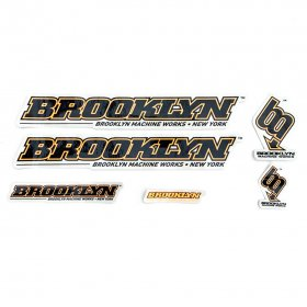 <img class='new_mark_img1' src='https://img.shop-pro.jp/img/new/icons5.gif' style='border:none;display:inline;margin:0px;padding:0px;width:auto;' />BROOKLYN MACHINE WORKS - STICKER SET - BLACK - ORANGE