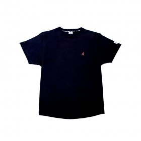 <img class='new_mark_img1' src='//img.shop-pro.jp/img/new/icons5.gif' style='border:none;display:inline;margin:0px;padding:0px;width:auto;' />PANCAKE - MULTI COLOR EMBROIDERED TEE - BLACK