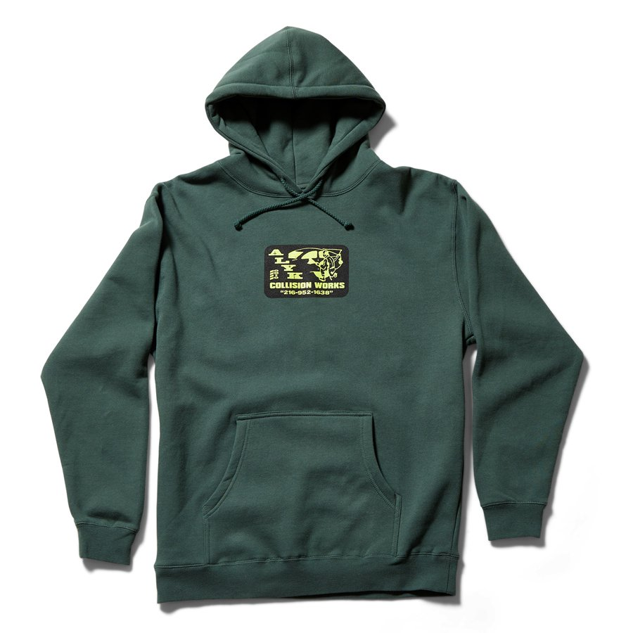 <img class='new_mark_img1' src='https://img.shop-pro.jp/img/new/icons8.gif' style='border:none;display:inline;margin:0px;padding:0px;width:auto;' />ACT LIKE YOU KNOW - COLLISION HOODED SWEAT SHIRT / FOREST GREEN