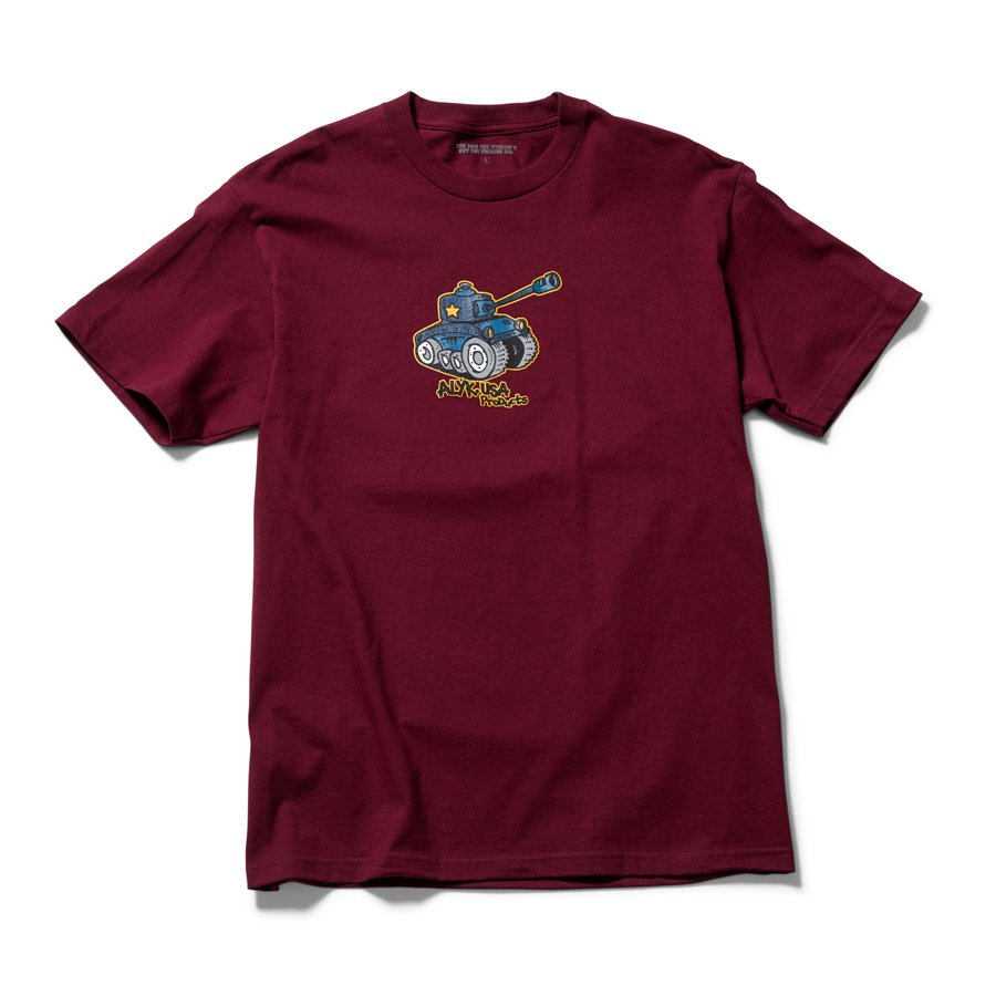 <img class='new_mark_img1' src='https://img.shop-pro.jp/img/new/icons8.gif' style='border:none;display:inline;margin:0px;padding:0px;width:auto;' />ACT LIKE YOU KNOW - WAR SHORT SLEEVE T-SHIRT / BURGUNDY