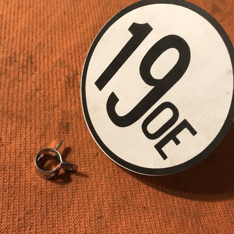 フューエルホース クリップ 小(8.5〜9mm)