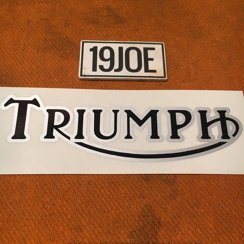 デカール  TRIUMPH ブラック&シルバー