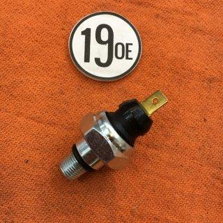 オイルプレッシャースイッチ L68~73年