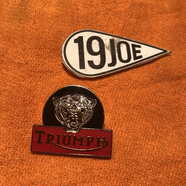 ピンバッジ Triumph タイガーヘッド