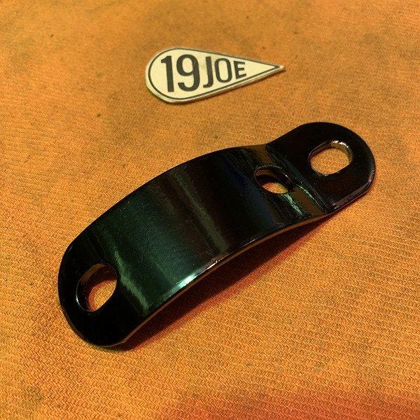 サイレンサーブラケット  63-70年650ダウンパイプ
