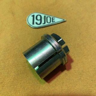 ステアリングステムスリーブナット 67-70年650・67-74年350/500