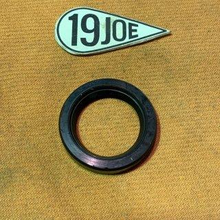 クラッチトラップドアオイルシール 68年以降350/500/650