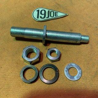 リアブレーキペダルスピンドル 60-62年650ツイン